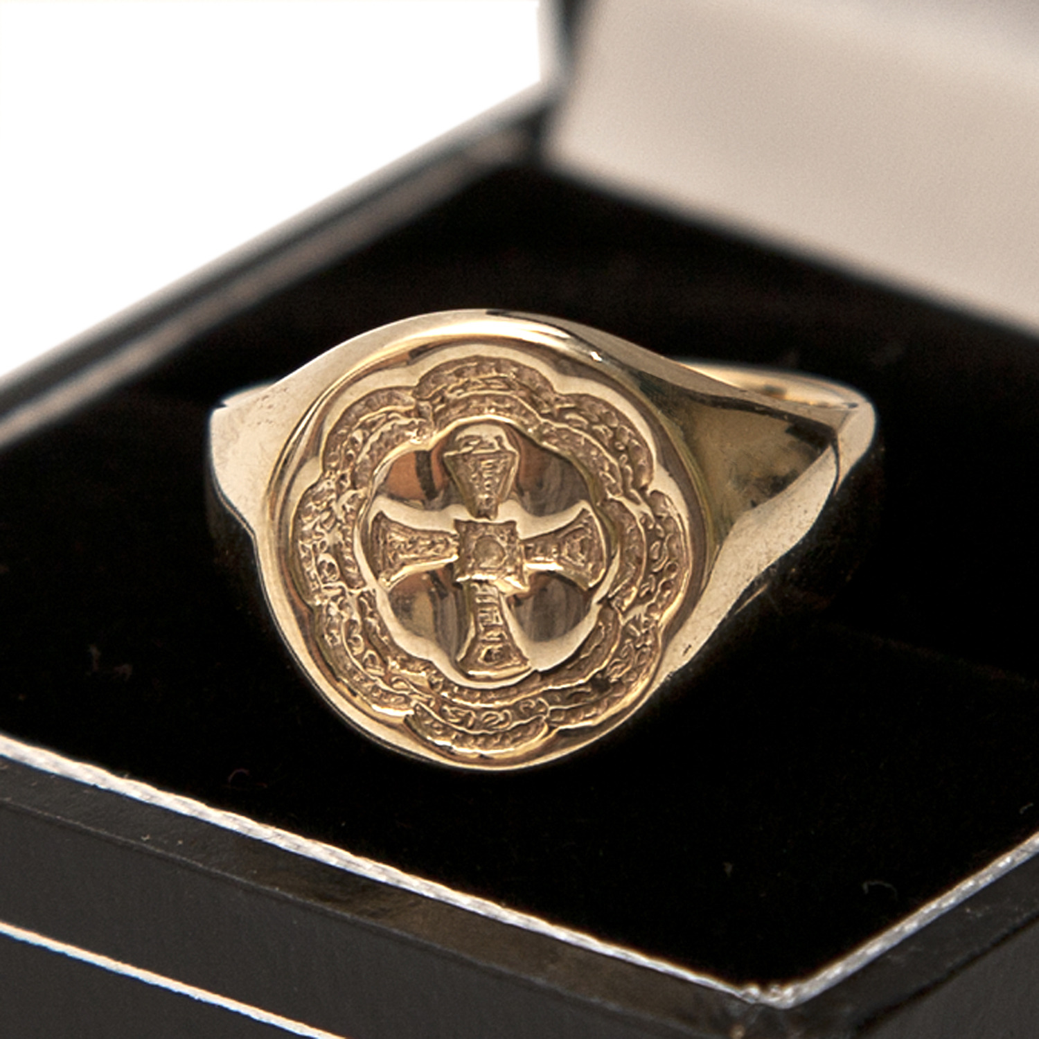Heritage Ring Gold At Durham University Official Shop